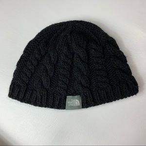 The north face beanie black cable knit